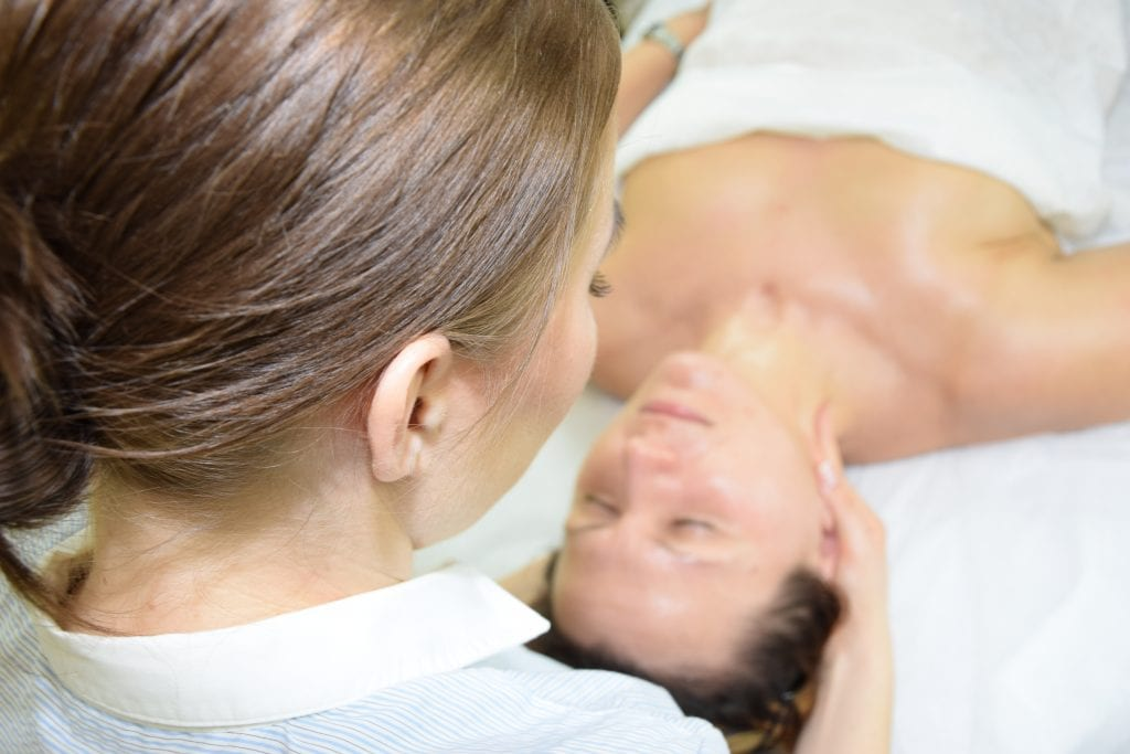 masaż odmładzający